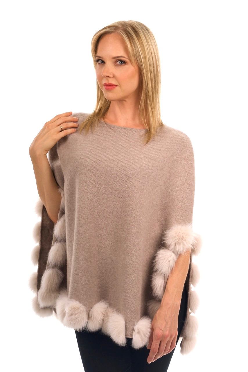 Women's Capes, Wraps and Ponchos Archives - Sakowitz Furs